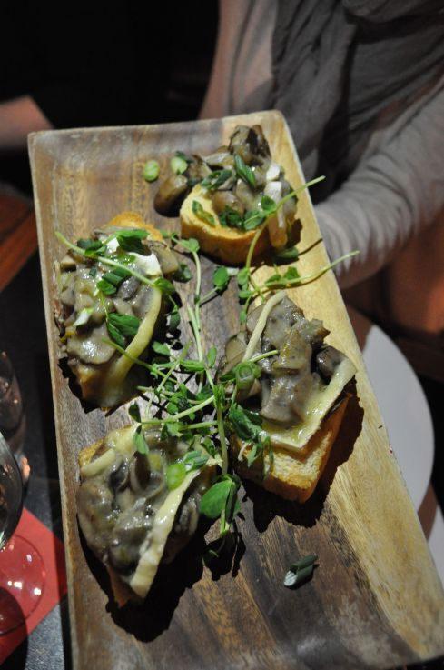 Weth's Mushrooms on toast with brie